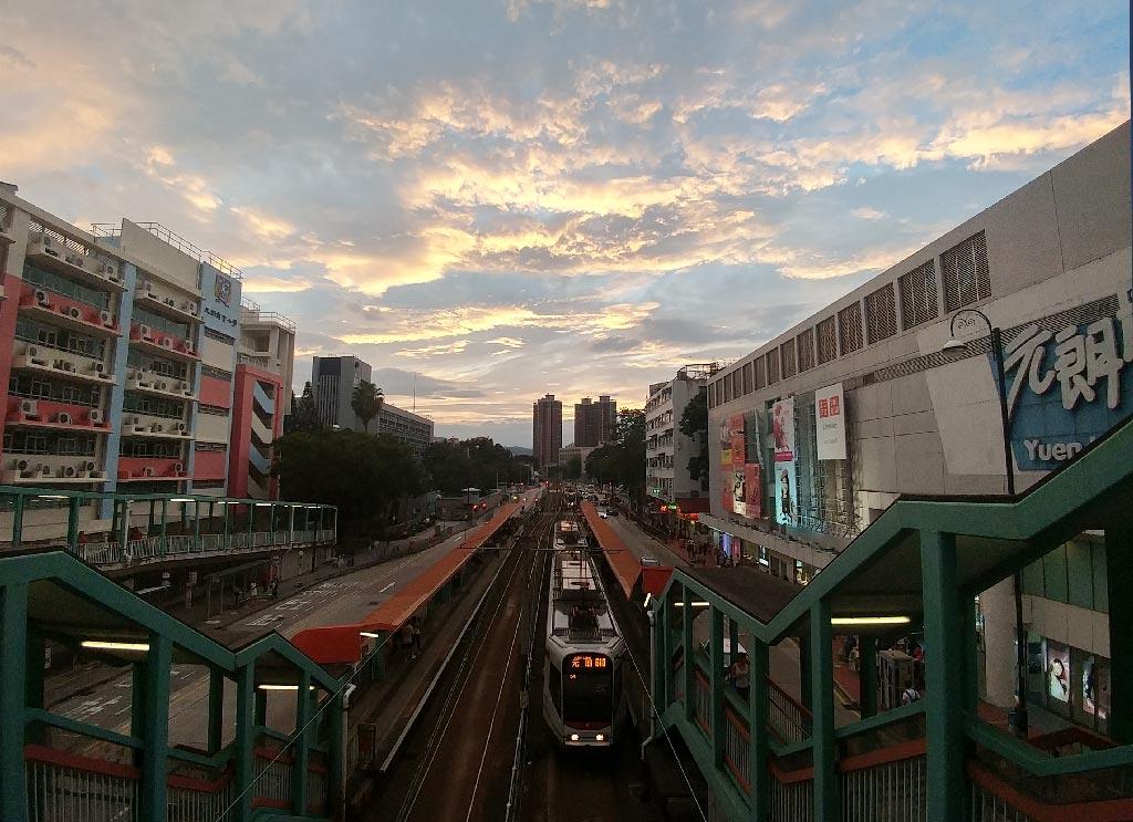 元朗豐年路輕鐵站-元朗廣場
